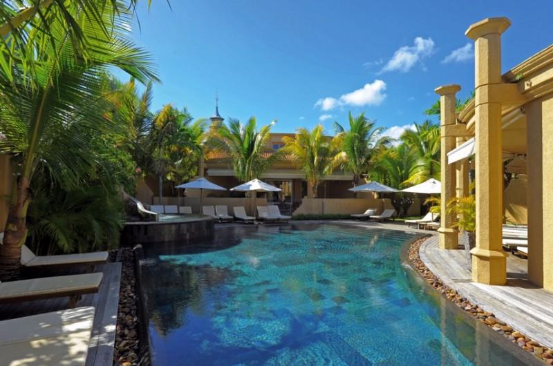 le-mauricia-hotel-Villa-exterior-private-pool