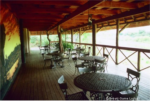 inyati-game-lodge-veranda