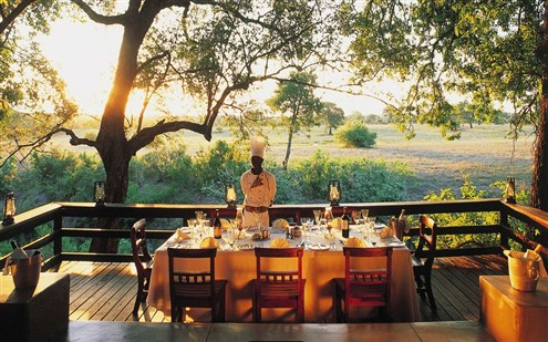 Selati-Camp-in-Sabi-Sands-dining-setting