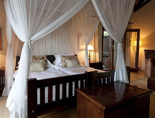 sabi-sabi-selati-camp-selati-std-suite-deck