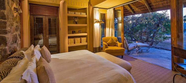 Ekuthuleni-Lodge-Welgevonden-bedroom-interior