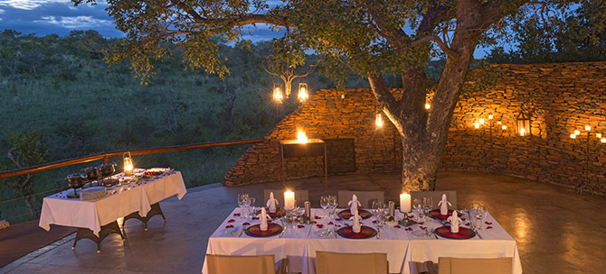 royal-madikwe-clubhouse-outside-dining