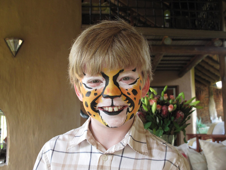 royal-madikwe-kids-club-Facepainting_2