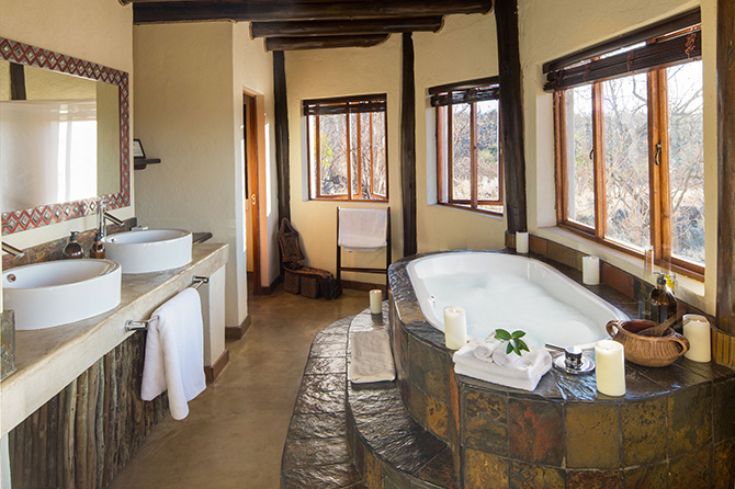 royal-madikwe-royal-villa-bathroom