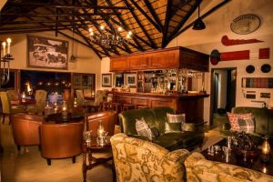 Selati Camp - main lounge area with railway theme