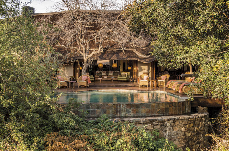 main-deck-tuningi-safari-lodge-madikwe-1