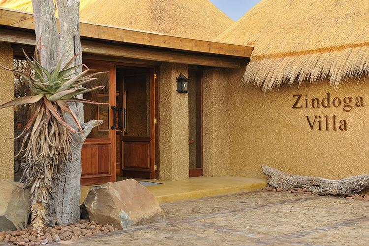 Camp-Jabulani-Accommodation_Zindoga-Villa_Entrance