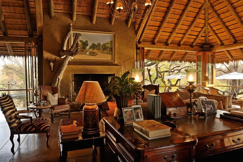 camp-jabulani-open-air-lounge