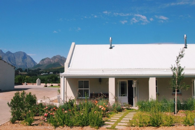 franchhoek-rose-protea-cottage-exterior