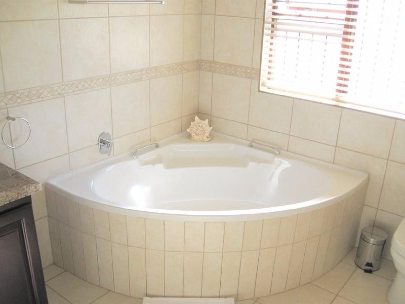 en-suite_bath_4