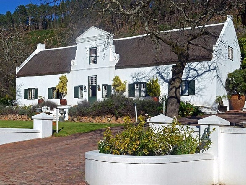 Winelands_Frnaschhoek_Accommodation_Rickety_Bridge_Exterior_M