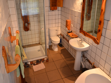 ensiuite-double-bathroom