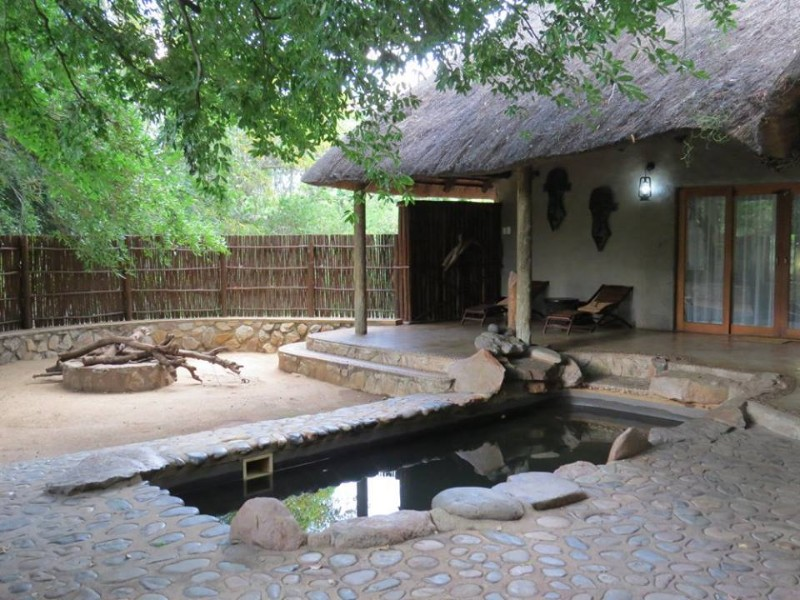 moholoholo-yamati-private-pool-chalet-1