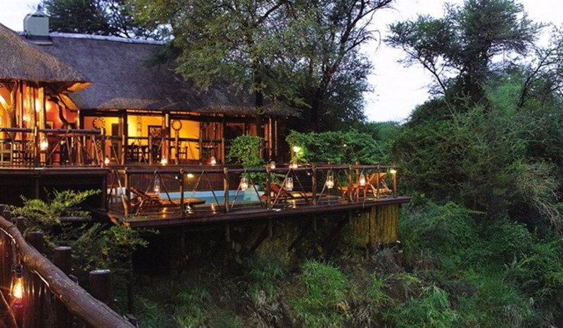 madikwe-river-exterior-deck