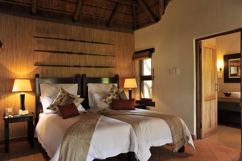 madikwe-river-lodge-Bedroom-1024x681