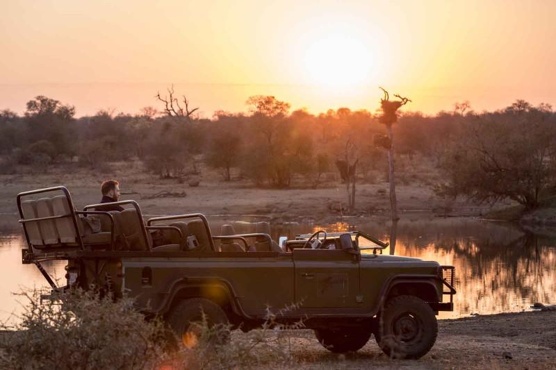 sunsafaris-ndzuti-safari-ca