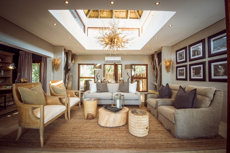 Bush-Lodge-Luxury-fs-lounge