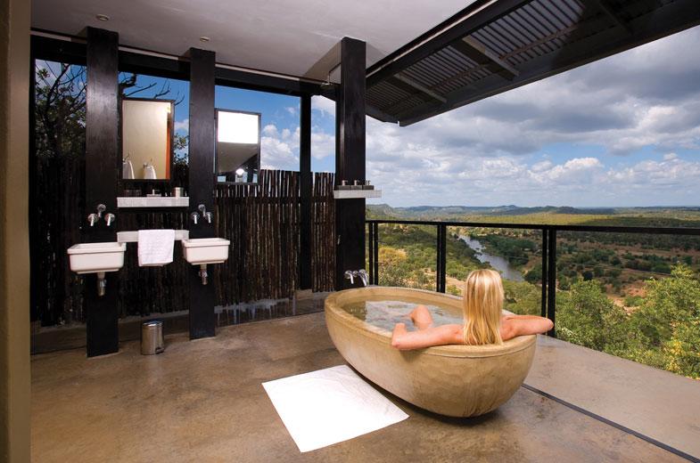 designer-luxury-bathroom-at-our-makuleke-lodge-accommodation