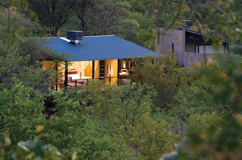 early-evening-in-our-pafuri-lodge-accommodation