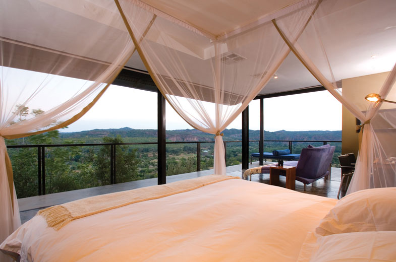 luxurious-beds-in-our-safari-lodge-accommodation-in-the-makuleke