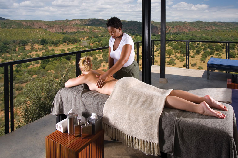 luxurious-massage-therapies-at-our-safari-lodge