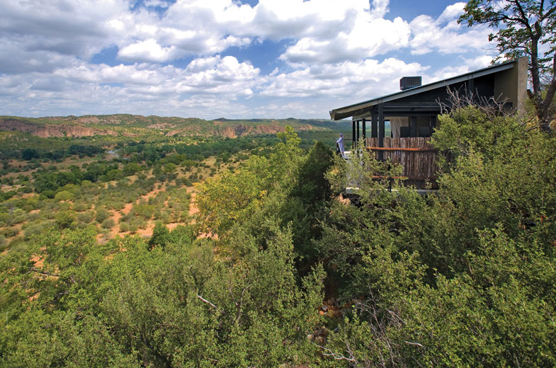 sunny-african-day-in-the-makuleke-at-our-luxurious-lodge