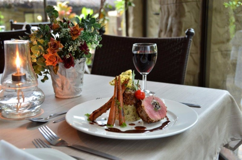 INGWENYAMA-Restaurant-A-La-Carte-Menue-Fillet-of-Beef