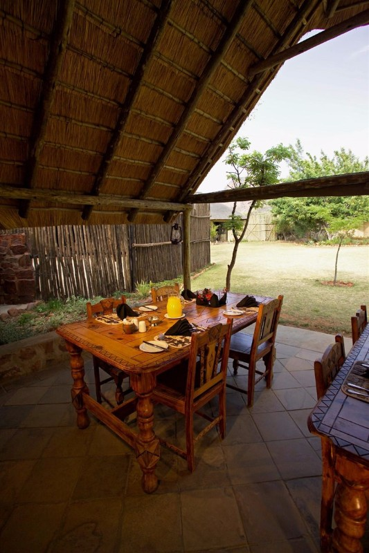 ENT-Wildside-Safari-Camp-Dining-Room