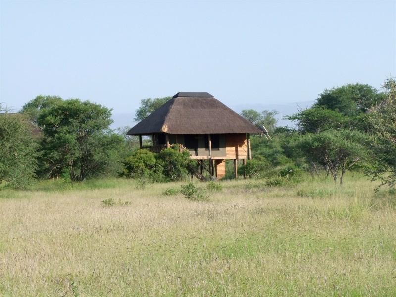nThambo-Chalet-Summer