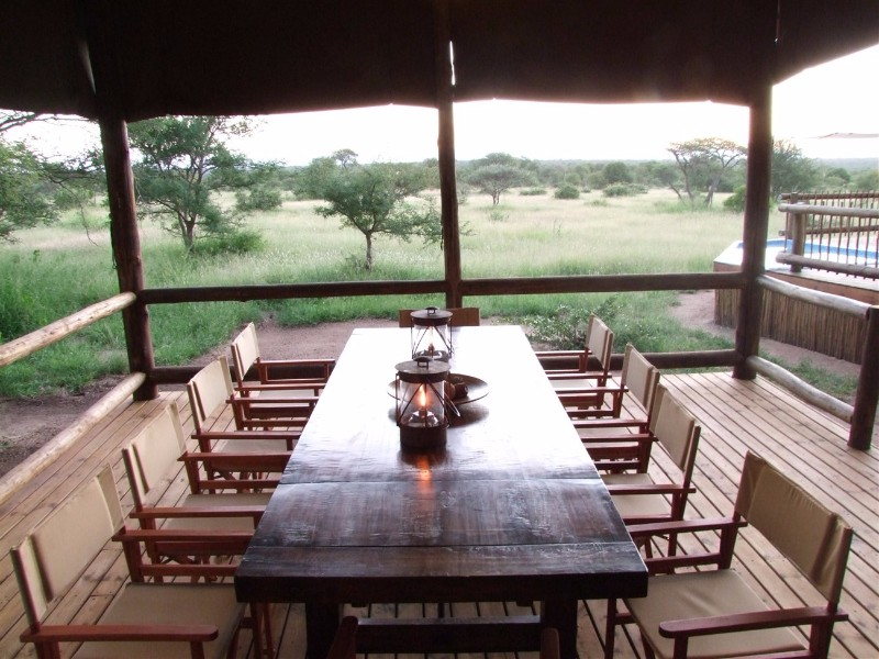 nThambo-Dining-View
