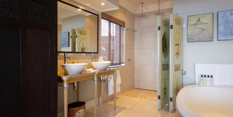 penthousebathroom