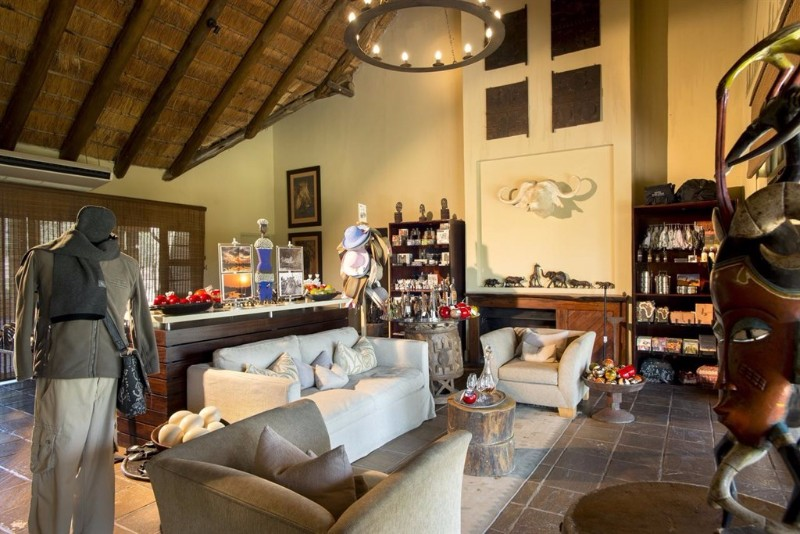 dulini-river-lodge-curio-shop