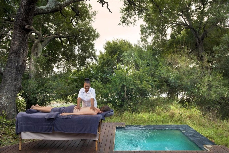 dulini-river-lodge-massage