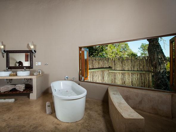 simbavati-river-lodge-bathroom