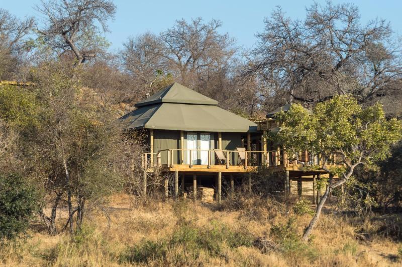 Simbavati-Hilltop-Lodge-Luxury-Tent