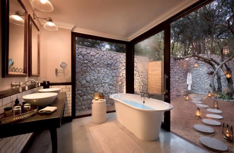 ngala-safari-lodge-bathroom-2.jpg.950x0