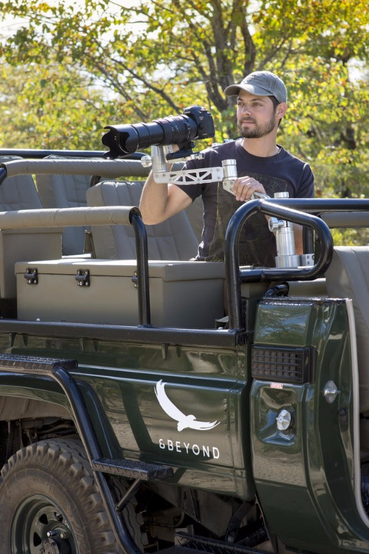ngala_safari_lodge_-_specialist_photographic_vehicle_1