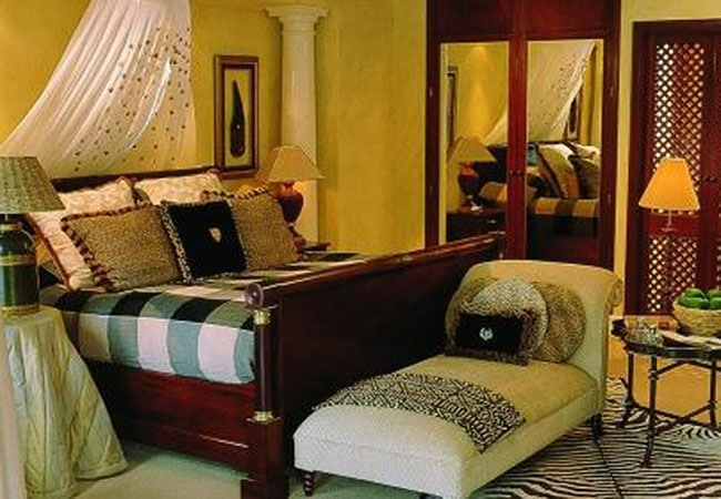 blue_mountain_lodge_bedroom-1