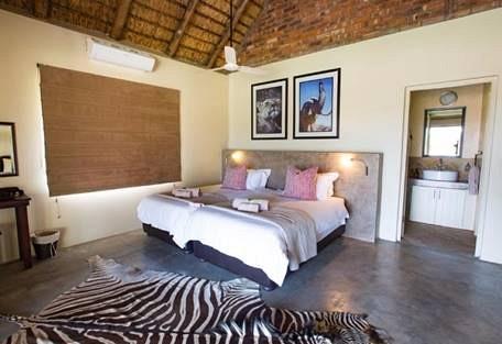 SunSafaris-009-senalala-luxury-safari-camp