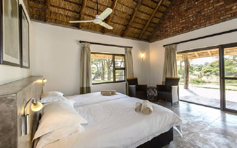 senalala-luxury-safari-camp-chalet