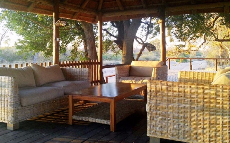 senalala-luxury-safari-camp-lounge