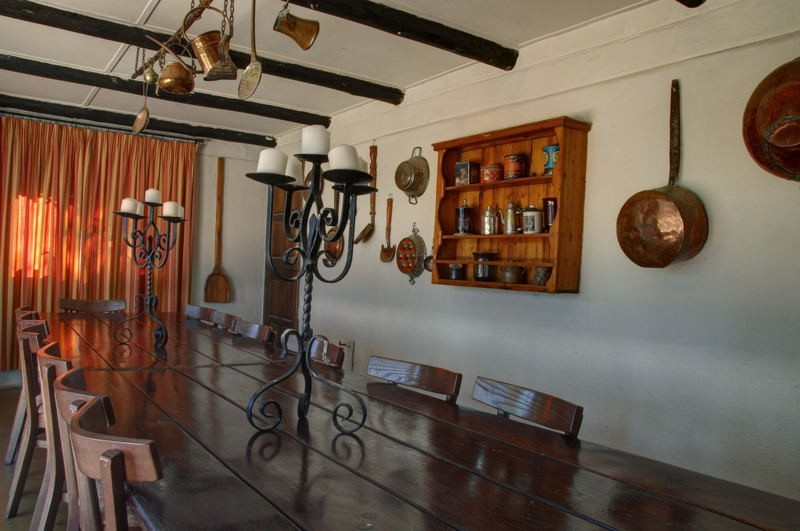 sabi-sabi-selati-farm-house-kitchen