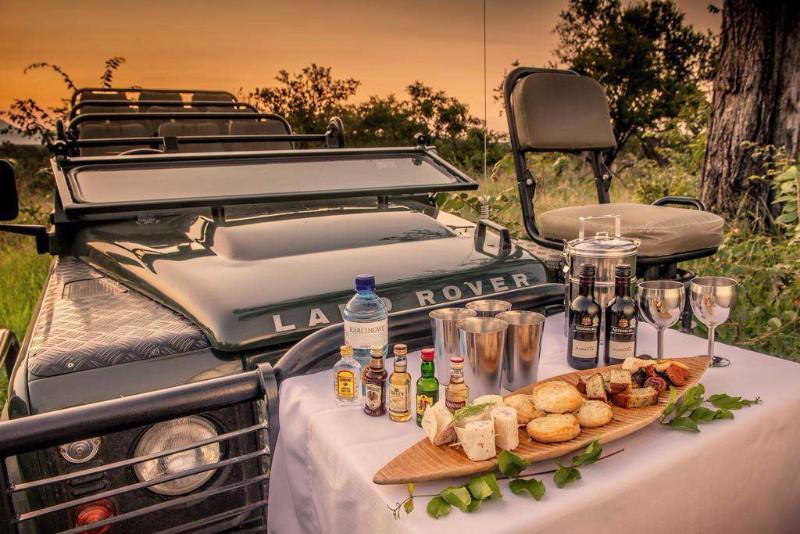 chisomo-safari-camp-sundowner-during-game-drive