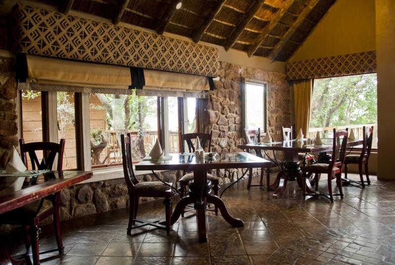 entabeni-kingfisher-dining-interior2