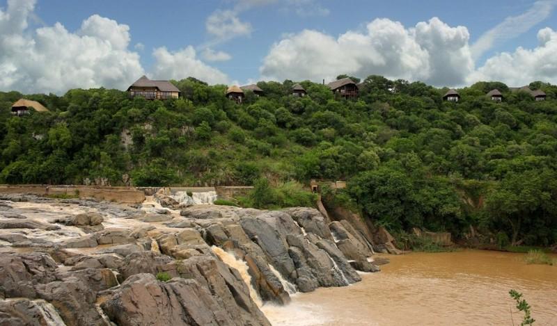 mkuze-falls-game-reserve-lodge-Crop