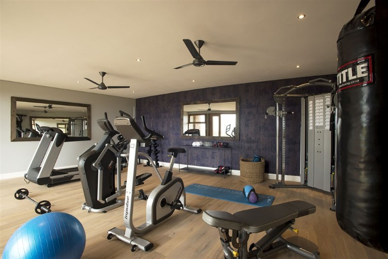 mhondoro-villa-interior-gym-keeping-fit-while-on-holiday