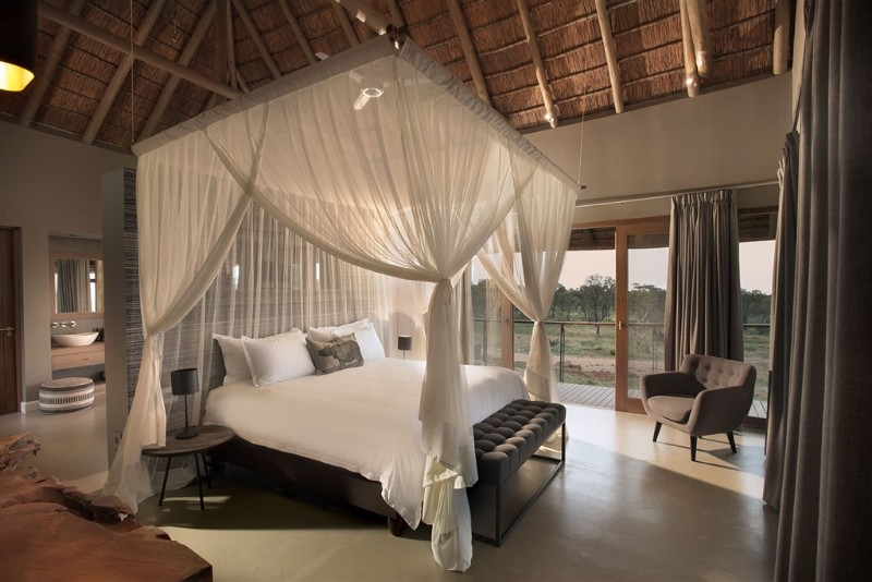 mhondoro-villa-interior-luxury-double-bedroom