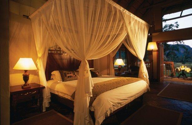 Hanglip-Mountain-Lodge-Bedroom