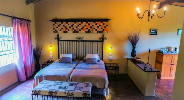 Bohm_s_Zeederberg_Country_House-Sabie_Mpumalanga-bedroom2