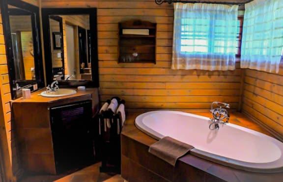 Bohm_s_Zeederberg_Country_House-Sabie_Mpumalanga-bedroom6
